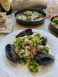 ごちそう感たっぷりなムール貝と菜の花のリゾット