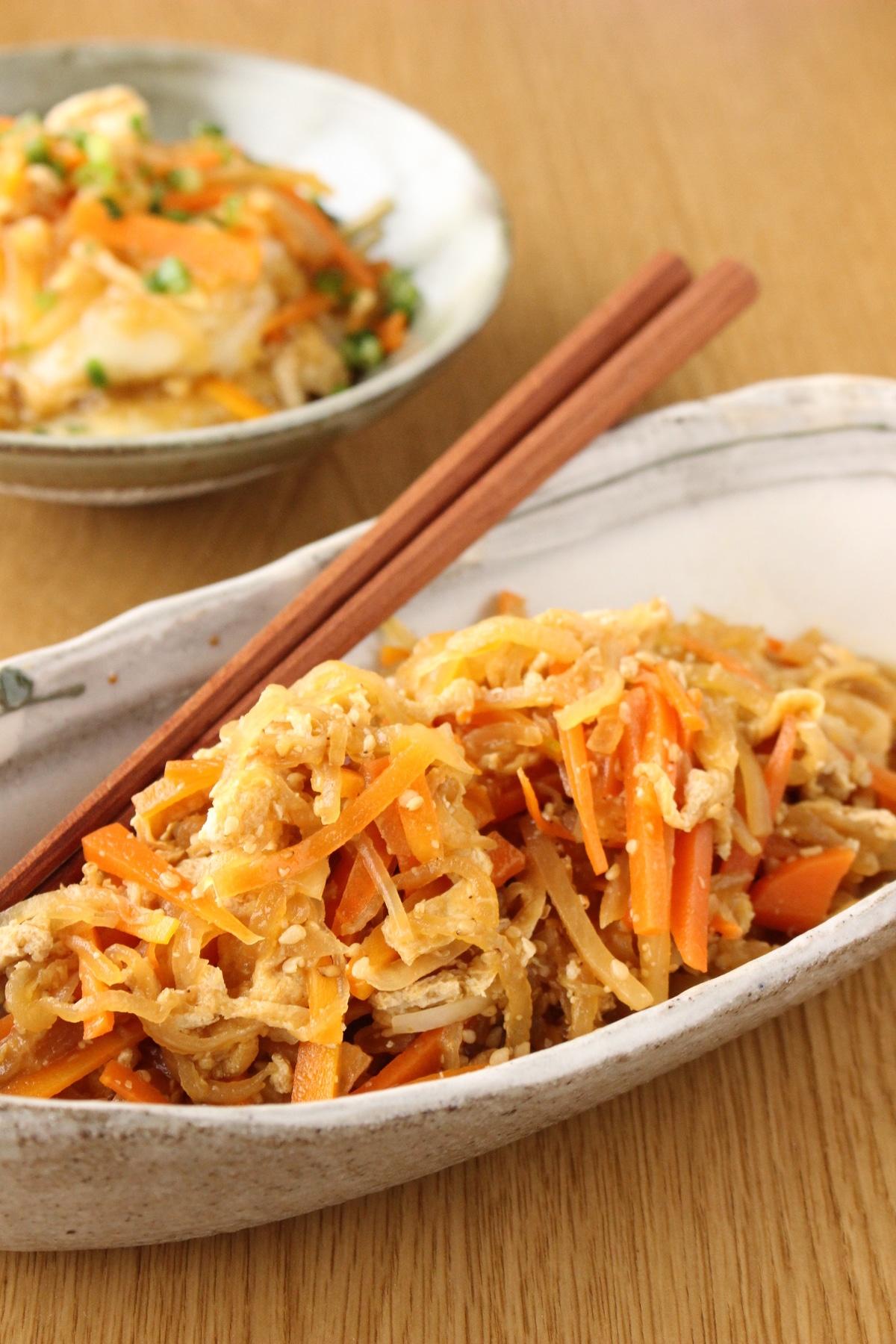 大根とニンジンの野菜炒め