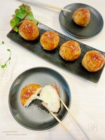 味付けひとつ‼︎【簡単】おいしい♡チーズin肉巻きおにぎり