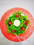 薄切り牛でトマト焼肉のレタス巻き
