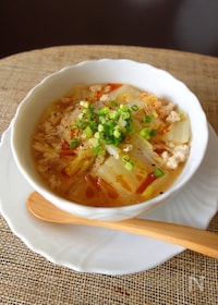 『豚挽肉と白菜のピリ辛春雨スープ』