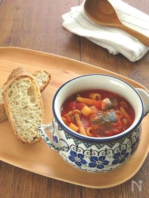 食べるスープ♪さば缶としめじのトマトスープパスタ