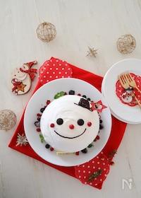 『ホットケーキで作れる♪スノーマンドームケーキ』