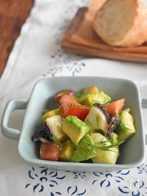 【切って和えるだけ副菜】アボカドとタコとトマトの和えもの