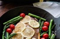 夏野菜と鯛のアクアパッツア・レモンバターソース
