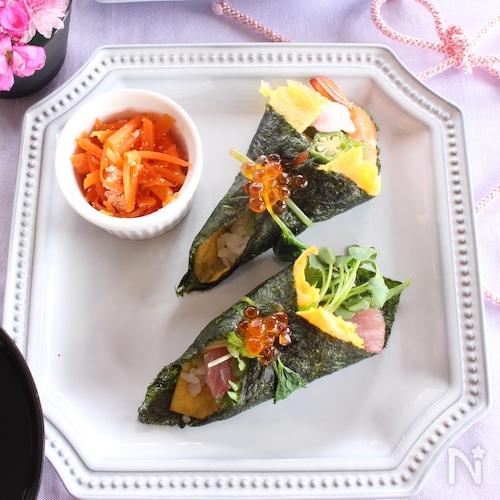 彩り手巻き寿司