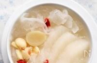 乾燥する季節のお手当レシピ【白きくらげと梨のはちみつ煮】