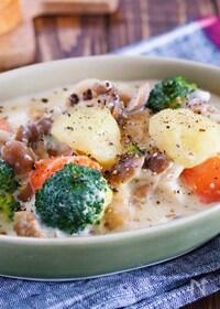 『ルー不使用♪『鶏肉とゴロゴロ野菜の味噌クリームシチュー』』