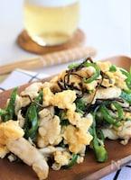鶏ささみ肉とピーマン、卵の塩昆布炒め