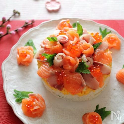 お祝い寿司ケーキ