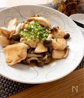 タレがめっちゃご飯に合う♡鶏胸肉としめじの甘辛ポン酢炒め