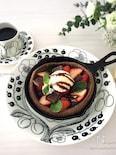 オーブンにおまかせde簡単♡チョコ&ベリーのダッチベイビー