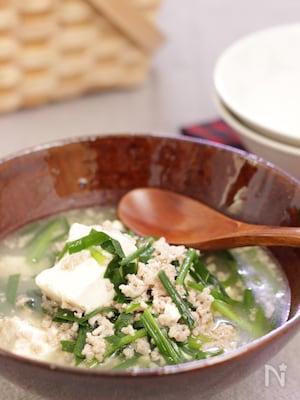 豆腐とニラの中華スープ煮