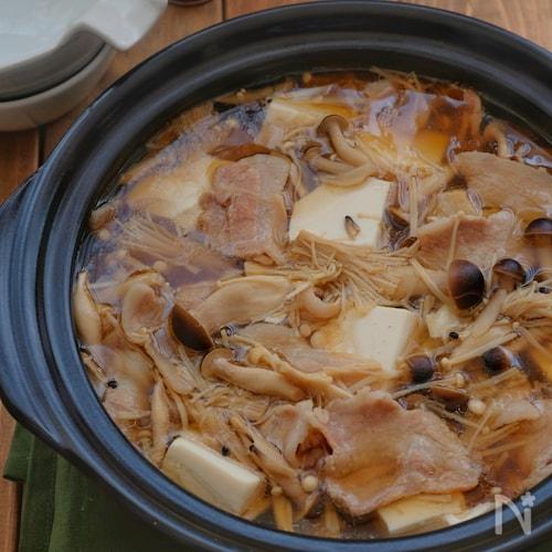 *きのこと豚バラと豆腐のお鍋*