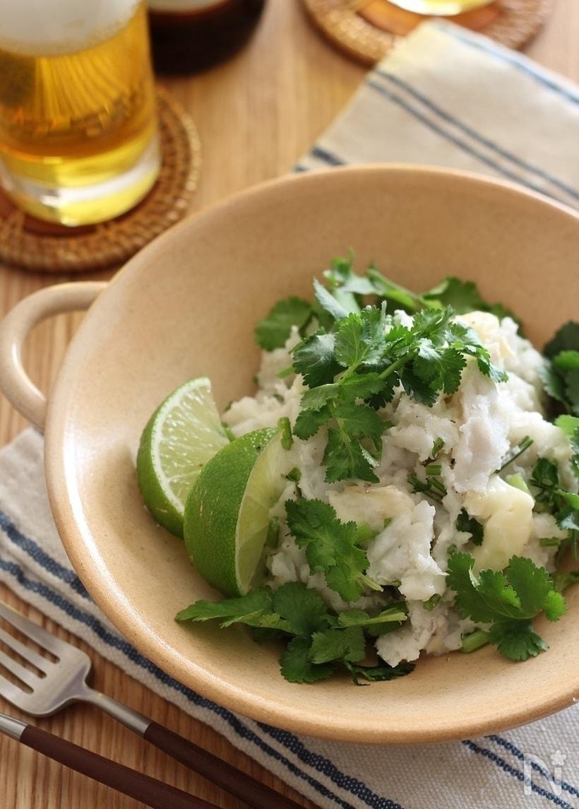 里芋とパクチーのサラダ