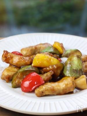 豚肉と夏野菜の黒酢酢豚