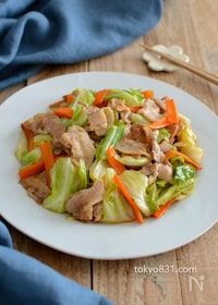 『キャベツと豚バラ肉のオイスターソース炒め。簡単!中華おかず♪』