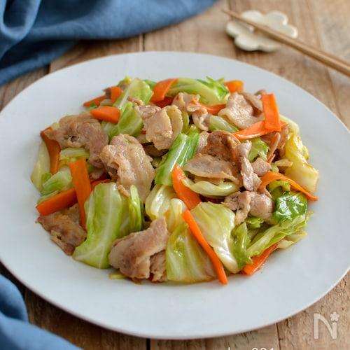 キャベツと豚バラ肉のオイスターソース炒め。簡単!中華おかず♪