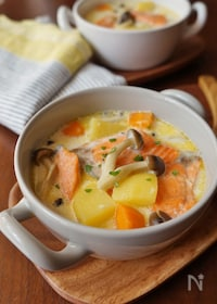 『鮭ときのこのクリームスープ』