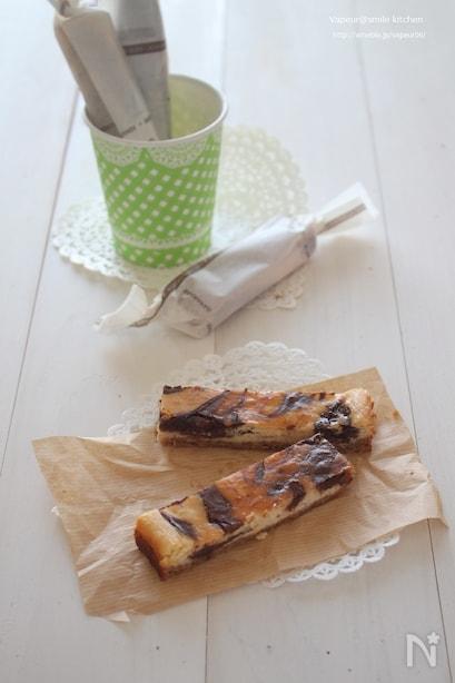 スティックチョコマーブルチーズケーキ