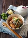 サバの味噌煮で炊き込みご飯とだしかけご飯