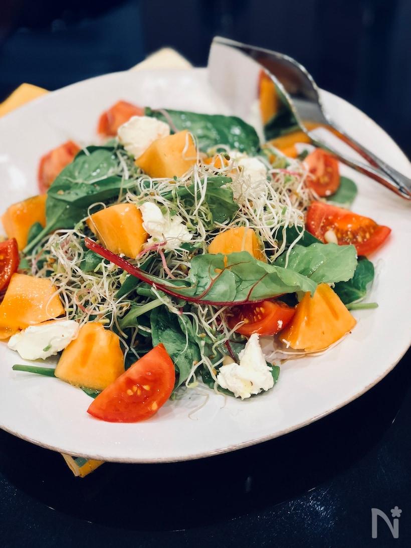 甘みがくせになる。柿のサラダのおすすめレシピ15選
