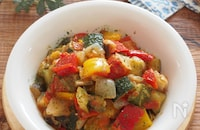 夏野菜のうま味がギュッ!「ラタトゥイユ」と簡単リメイクレシピ
