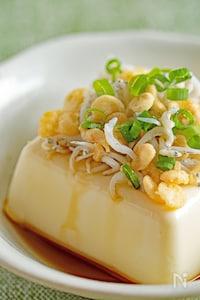 【予算100円未満】しらすと揚げ玉のせ豆腐