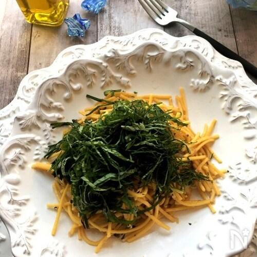 たっぷり大葉とあさりの焦がし醤油風味スパゲッティ
