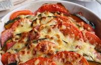 かぼちゃとトマトとベーコンのミルフィーユチーズ焼き