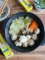 レモスコ肉団子と白菜の小鍋