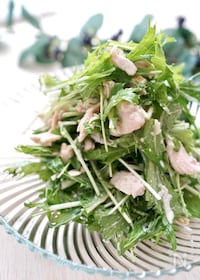 『味噌マヨドレッシングで頂く【コクうま♪水菜とささみサラダ】』