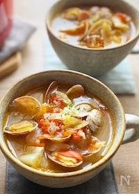 『あさりとキャベツのトマトスープ』