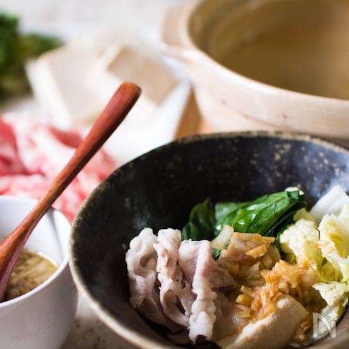 昆布茶香るしゃぶしゃぶ湯豆腐鍋
