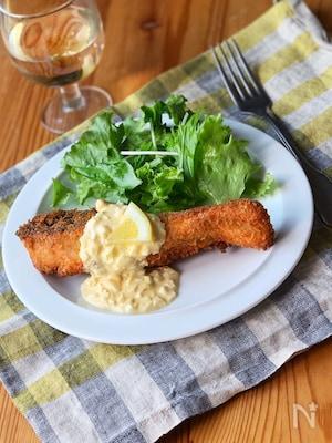 鮭のフライレモンタルタルソース