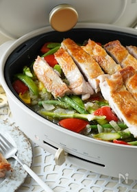 『<BRUNO>ジューシーチキンと野菜の山椒バターソテー』
