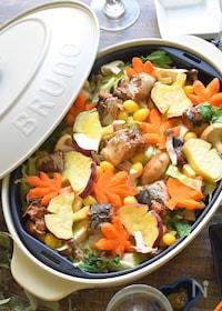 『<BRUNO>食卓で香り広がる♪さば缶と秋野菜のバター蒸し焼』