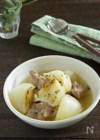 『玉ねぎがとろとろ甘い!豚肉と新玉ねぎのとろとろ煮』