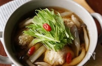濃厚な味わいが魅力!栄養たっぷり、具材いろいろ中華スープレシピ15選