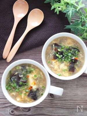 5分で完成♡キクラゲとふわふわ卵の中華とろみスープ