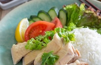 炊飯器で簡単!シンガポールチキンライス(海南鶏飯)