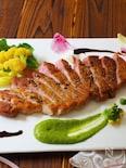 ポークステーキ〜菜の花ソース