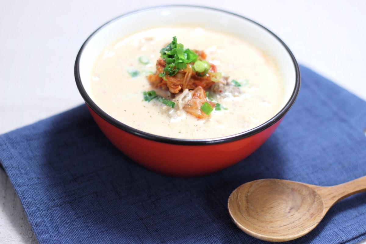 豚キムチで豆乳スープ