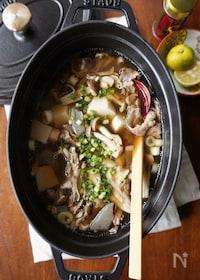 『きのこたっぷり!里芋と牛肉の芋煮風汁』