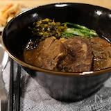 スネ肉たっぷり!本格紅焼台湾牛肉麺(動画あり)