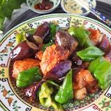 鶏もも肉ととろとろ茄子のスタミナ味噌炒め【調味料大さじ1】