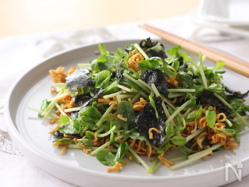 海苔と豆苗のスナックサラダ