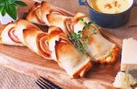 お家ベーカリー開店♪ 食パンでベーコンエピを作ろう!