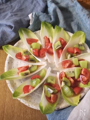 アンディーブのフルーツドレッシングサラダ