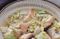 レンチンのみで完成♡秋鮭と白菜のレンチンごま旨ポン蒸し